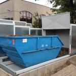 Containerstellplatz mit offenem Dach