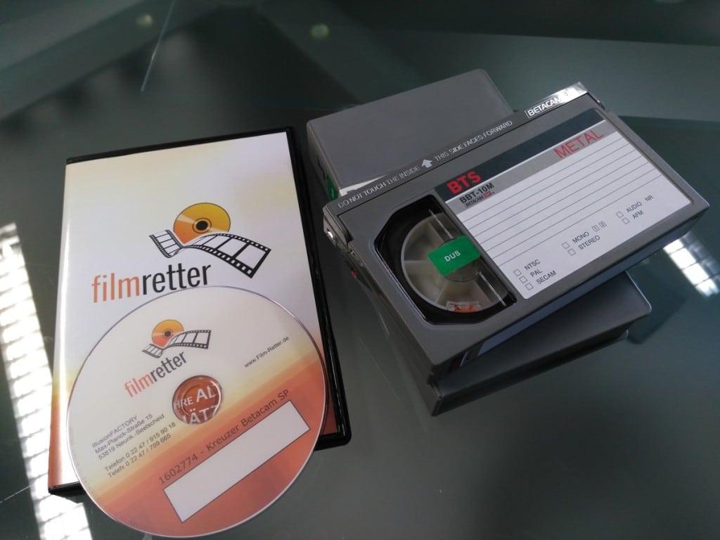 Filmretter DVD neben alter Betamax Kassete