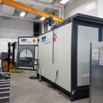 Aufgestellter mobiler Waschplatz CLINER mit Hochdruckreiniger und Ölabscheider in Werkhalle