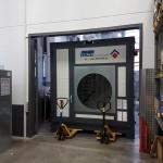 Transport CLINER mobiler Waschplatz mit Hubwagen an den Aufstellort
