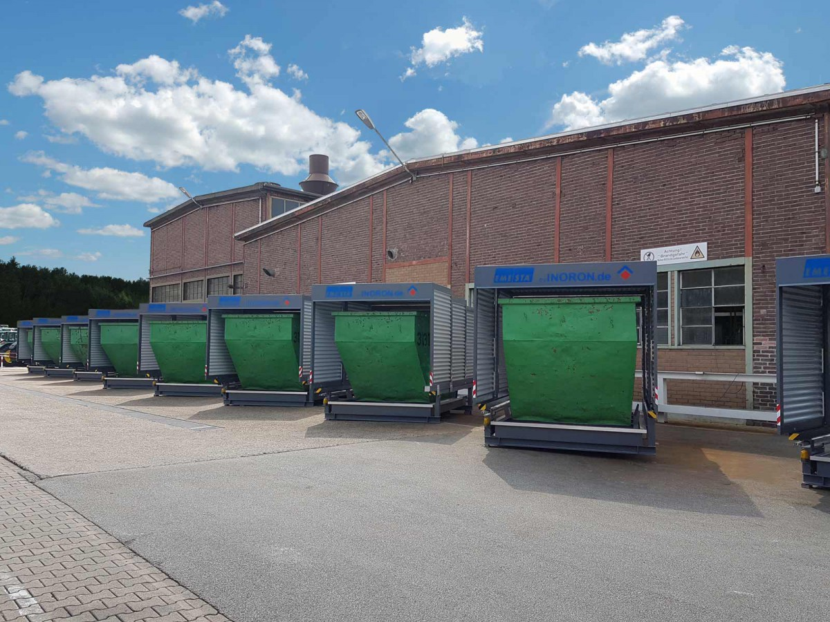 Containerstellplatz auf einer Lagerfläche für Container