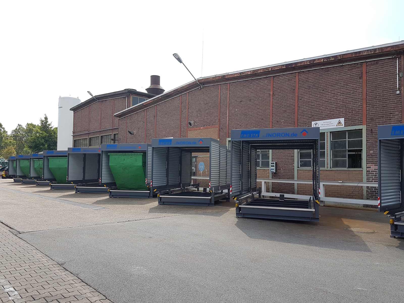 Container Lagerplatz mit mehreren EMESTA Containerstellplatz Systemen