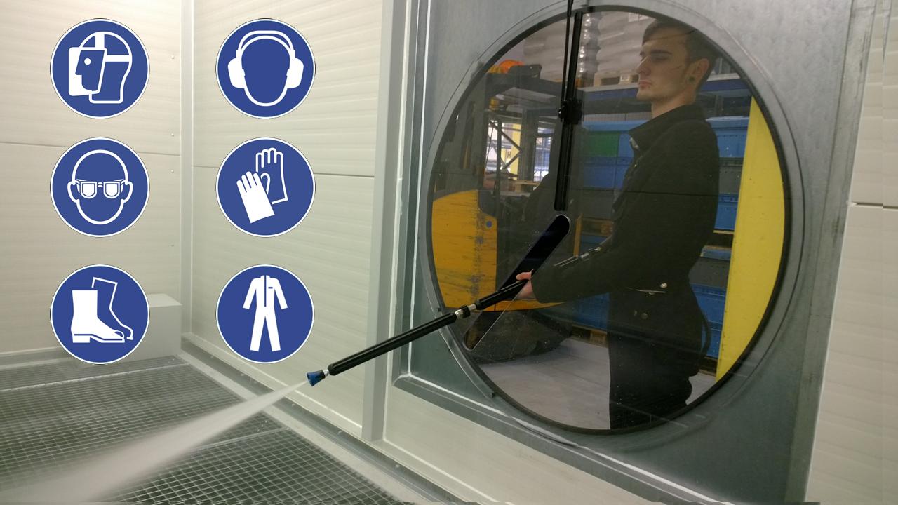 Arbeitschutz Hochdruckreiniger mit Symbolen für PSA