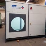 Seitenansicht Drehfenster Waschplatz zum reinigen mit Hochdruckreiniger